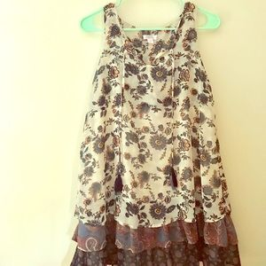 Vintage style layered dress. Multicolor.